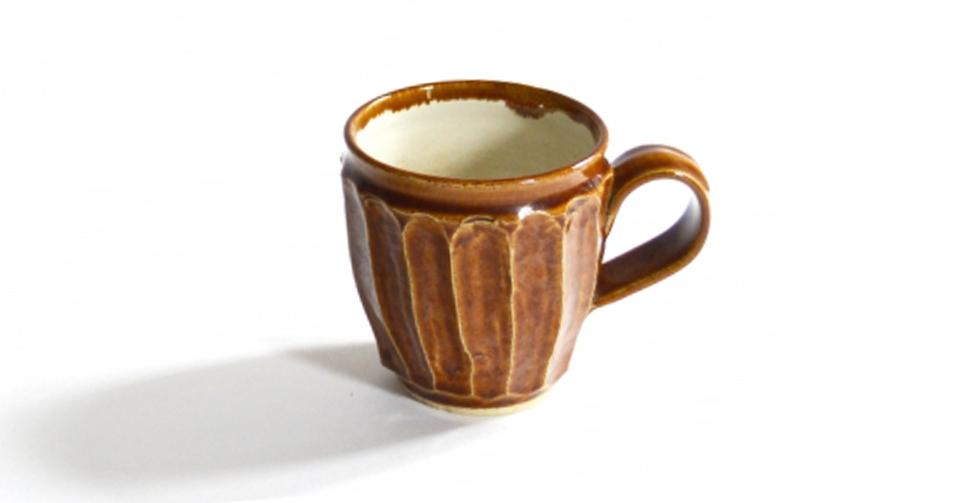 益子焼の特徴である、手馴染みがいいマグカップ